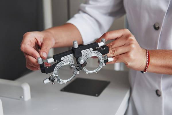 optyczne pomoce dla słabowidzących